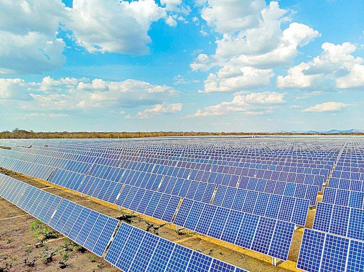Passos, São Gonçalo e Prata terão usinas solares da AXS Energia